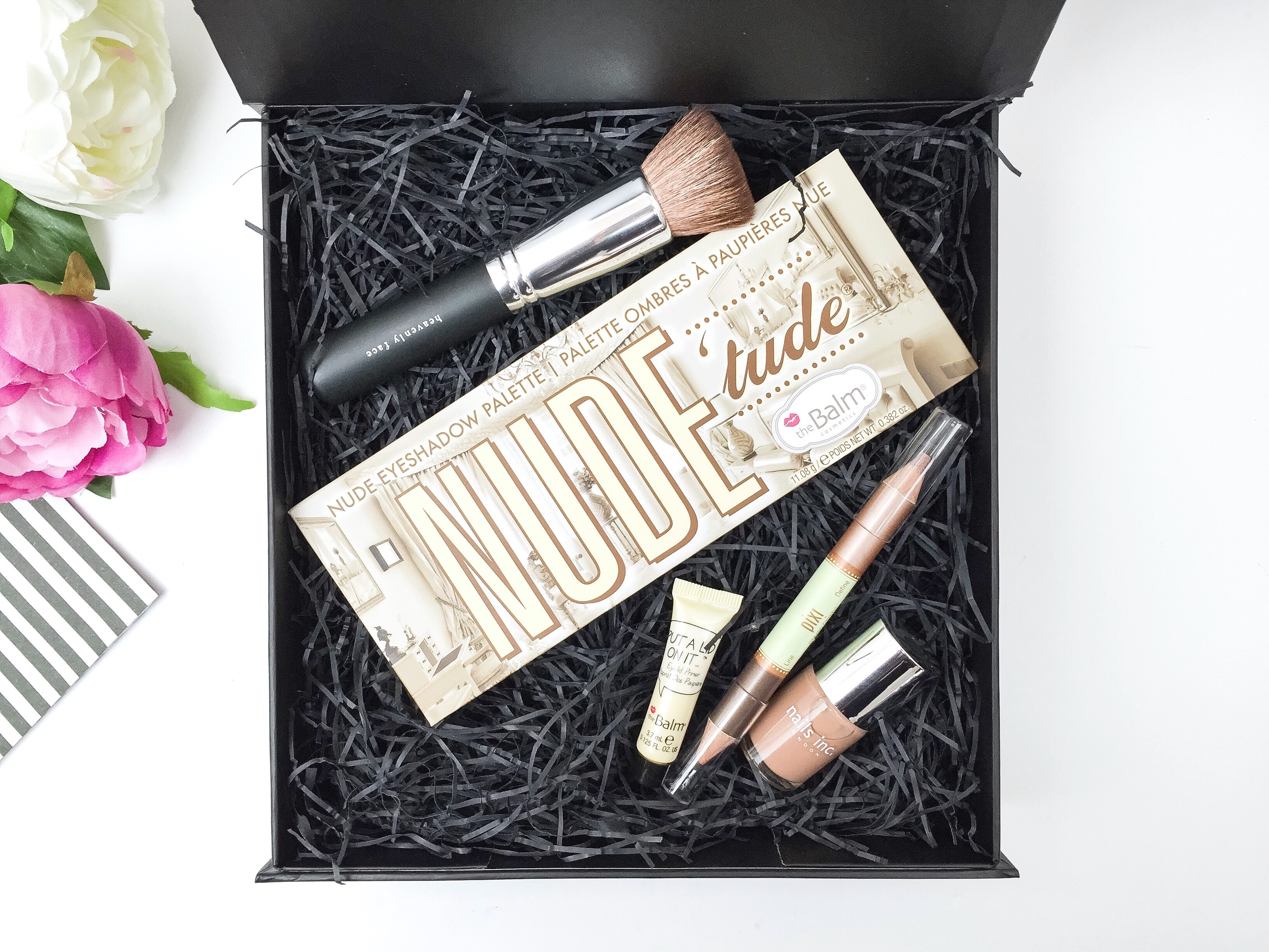 Cohorted Beauty Box – March 2016. Price of the box – £35.00 plus free postage. No. of Products in the Box – 5 items (worth £88.50) www.cohorted.co.uk